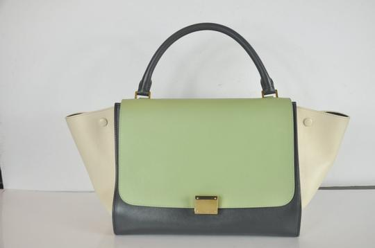 Céline Trapeze Shoulder Bag Image 1
