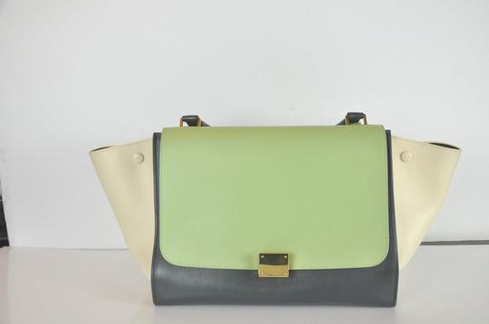 Céline Trapeze Shoulder Bag Image 2
