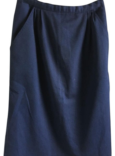 Preload https://img-static.tradesy.com/item/21346175/navy-blue-straight-maxi-skirt-size-6-s-28-0-1-650-650.jpg
