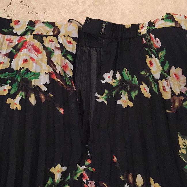 Pleats Collection by Pings Imports Inc. Skirt multicolored Image 5