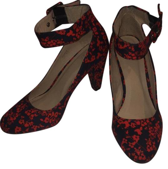 Preload https://img-static.tradesy.com/item/21346436/1-madison-navy-and-red-floral-wedge-pumps-size-us-85-regular-m-b-0-1-540-540.jpg