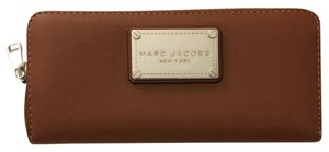 Marc Jacobs New Classic Continental Leather