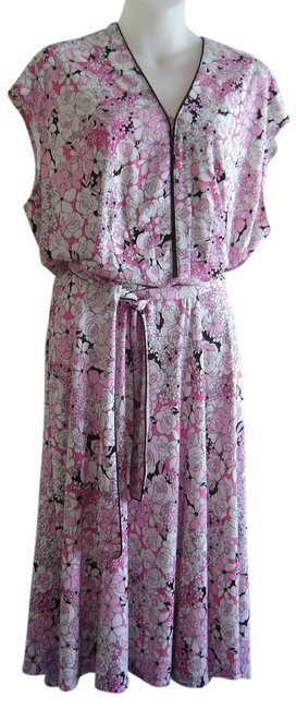 Preload https://img-static.tradesy.com/item/2134792/dress-barn-pink-white-black-floral-print-sleeveless-appropriate-knee-length-workoffice-dress-size-14-0-0-650-650.jpg