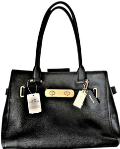 Coach Swagger Handbag Satchel in Black