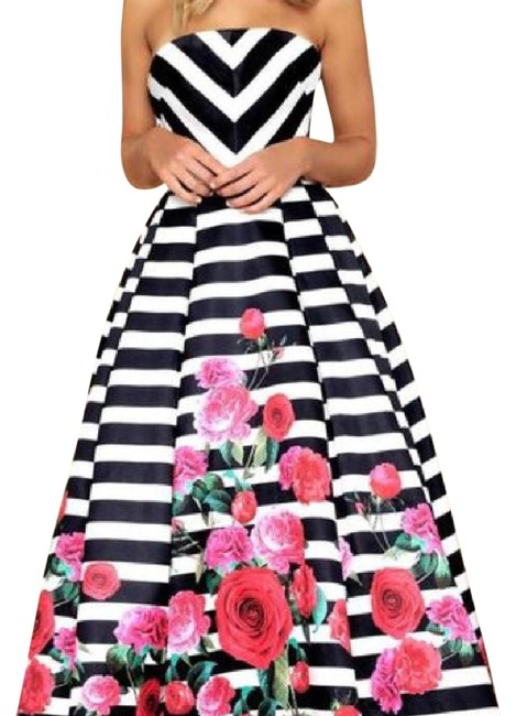 Item - Black/White Striped Strapless Rose Ball Gown Long Formal Dress Size 4 (S)