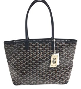 Goyard Saint Artois Pm Tote in Black