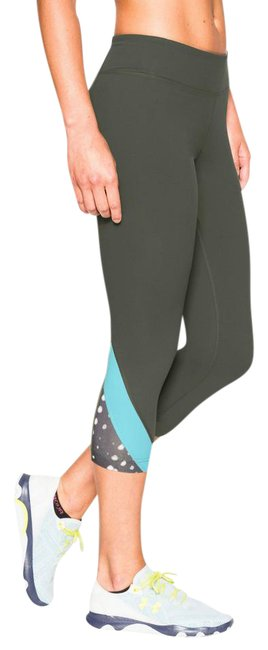 Item - Army Green / Blue / Black and White Take A Chance Capri Leggings M Activewear Bottoms Size 8 (M, 29, 30)