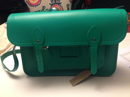 Preload https://item3.tradesy.com/images/the-cambridge-satchel-company-14-green-leather-satchel-2135102-0-0.jpg?width=440&height=440
