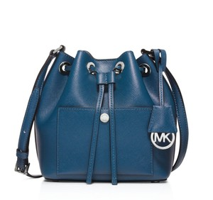 Michael Kors Greenwich Bucket Shoulder Bag