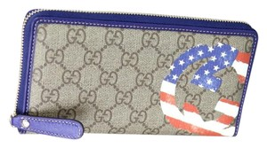 Gucci New Authentic GG Plus USA American Flag Zip Around Wallet 304196 9766