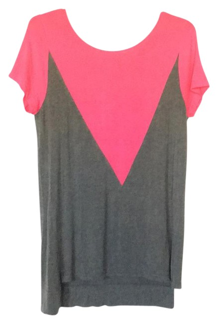 Item - Grey and Pink Magenta Triangle Color Block Tee Shirt Size 6 (S)
