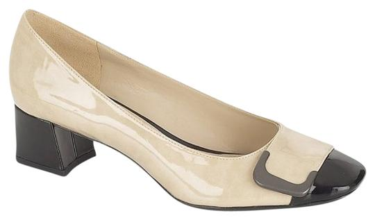 Preload https://item2.tradesy.com/images/naturalizer-xavier-beige-and-black-pumps-2135311-0-0.jpg?width=440&height=440