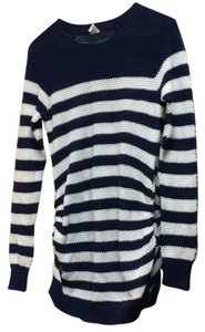Old Navy Pullover lightweight sweater