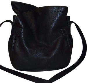 Gucci Buttery Excellent Vintage Perfect For Everyday Early Style Asymmetrical Top Satchel in midnight blue/black leather