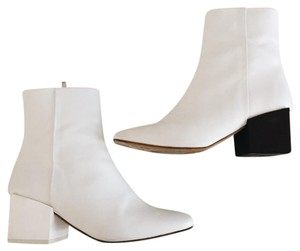 Jacquemus white Boots