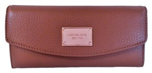 Michael Kors Slim Flap Leather Wallet Checkbook Nwt Brown & Rose Gold Clutch