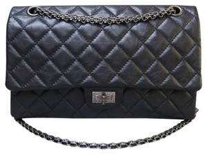 a8de1367718cb5 Chanel 2.55 Reissue 226 - Up to 70% off at Tradesy