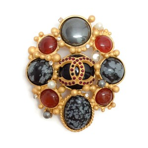 Chanel Autumn 2001 Jeweled Brooch