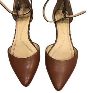 Tahari black and chestnut brown with silver metal buckle Flats