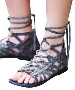 Free People Great Lengths Gladiator 37 Grey Suede New In Box Sandals