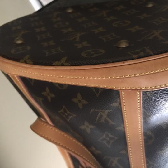 Louis Vuitton GM Bucket With Make Up Pouch Hobo Bag Image 9