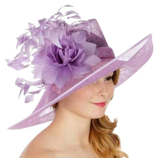 Preload https://img-static.tradesy.com/item/21356359/lilac-formal-flower-sinamay-dressy-church-hat-0-1-540-540.jpg