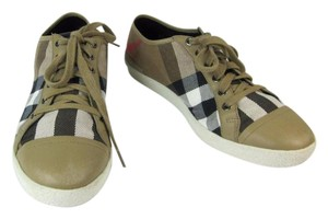 Burberry Brown Leather Nova House White Athletic