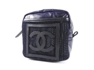 Chanel Fanny Pack Waist Vintage Quilted Belt navy Travel Bag