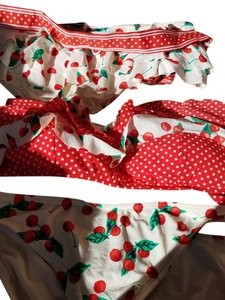 Juicy Couture Bikini set with two bottoms