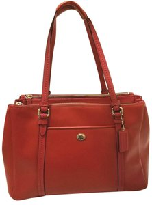 Coach Refurbished Leather Extra-large Multi-compartment Tote in Red
