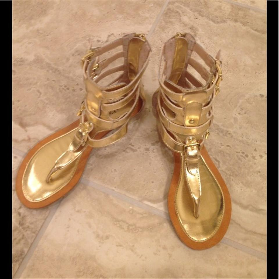 3e762c6c9ca bebe Gold Dilara Sandals Size US 5 Regular (M