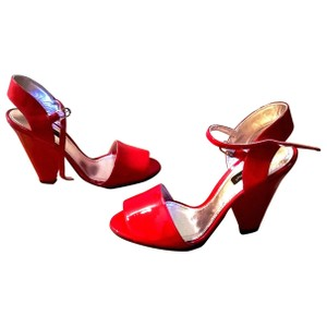 Dolce&Gabbana Patent Leather Wedge Open Toe New In Box Red Sandals