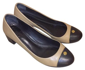 Tory Burch beige and black Pumps