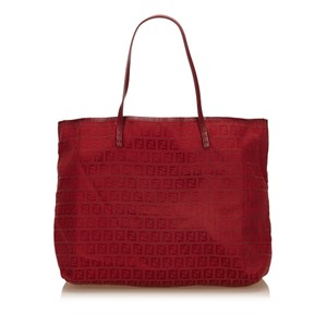 Fendi 7dfnto001 Tote in Red