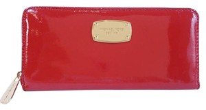 Michael Kors JS ZA Continental Pat. Leather Wallet Fits Checkbook NWT $158 Red