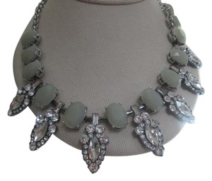 Lia Sophia Lia Sophia statement necklace, new, gorgeous with anything!