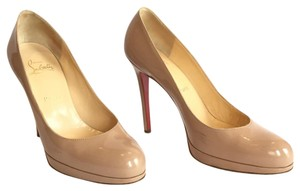Christian Louboutin Pump Patent Leather Round Toe Patent Beige Platforms