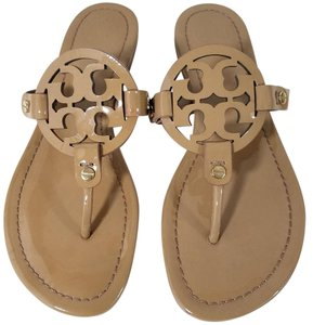 5ae55d5ff368 Tory Burch Flip Flops Bold Logo Cutout Leather Nude Patent Sandals