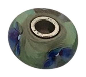 Trollbeads Green Glass Bead with Violets