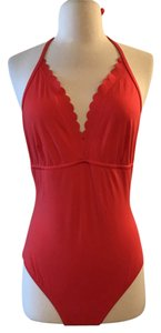 J.Crew J.CREW SCALLOPED V-NECK ONE-PIECE SWIMSUIT IN ITALIAN MATTE SIZE 8 RED