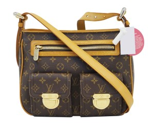 Louis Vuitton Lv Hudson Gm Monogram Handbag Shoulder Bag