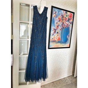 David's Bridal Dark Blue Formal Bridesmaid/Mob Dress Size 8 (M)