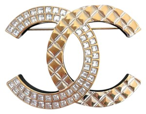 Chanel Chanel Large Gold Tone Half Crystal CC Logo Metal Brooch Pin