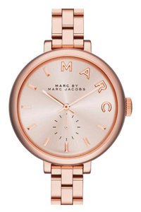 Marc Jacobs Marc Jacobs 'Sally' Round Bracelet Watch Rose Gold