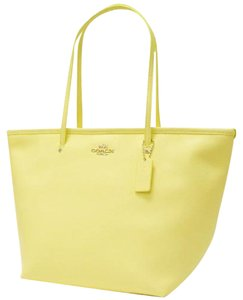 Coach Tote in Butter