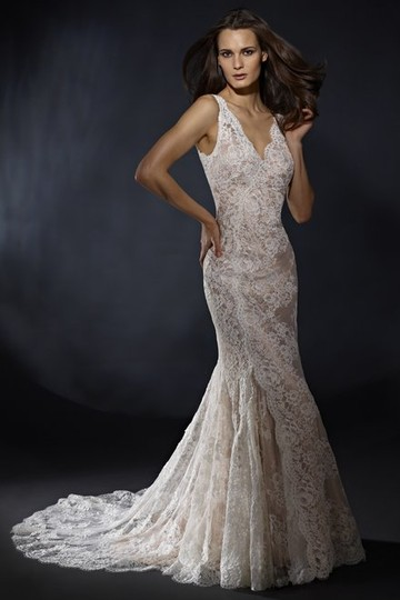 Preload https://img-static.tradesy.com/item/21369062/marisa-bridal-ivory-959-vintage-wedding-dress-size-6-s-0-0-540-540.jpg