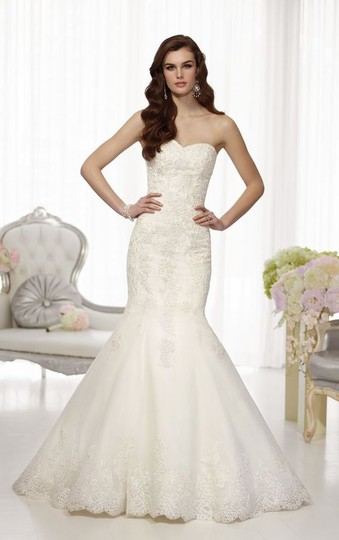 Preload https://img-static.tradesy.com/item/21369422/essense-of-australia-ivory-d1448-wedding-dress-size-10-m-0-0-540-540.jpg
