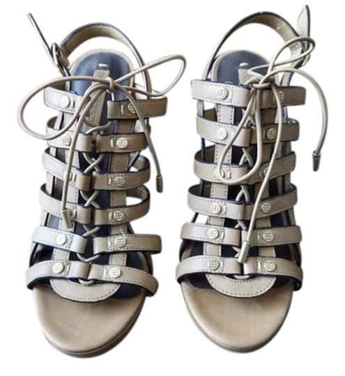 Preload https://img-static.tradesy.com/item/21369578/bcbgmaxazria-tan-gladiator-sandals-size-us-65-regular-m-b-0-1-540-540.jpg