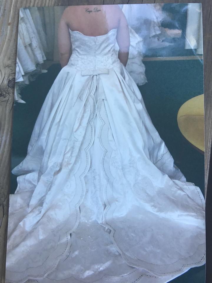 St. Pucchi White Silk 9998x Formal Wedding Dress Size 18 (XL, Plus ...