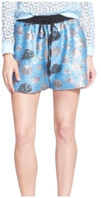 Preload https://img-static.tradesy.com/item/21370553/urban-outfitters-cocktail-shorts-size-4-s-27-0-1-650-650.jpg